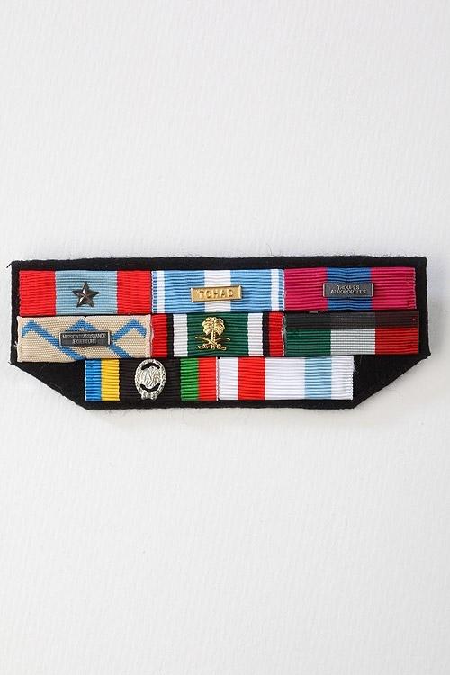 m 201 dailles et d 201 corations militaires confection de barrettes militaires sur drap mouret