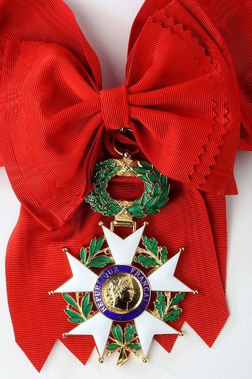 1442335460-grand-croix-de-la-la-gion-d-honneur-recto