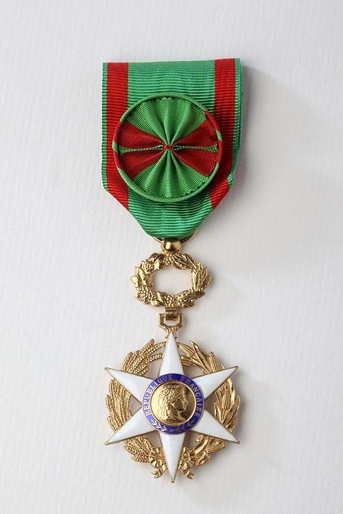 ORDRES MINISTÉRIELS - Ordre du Mérite Agricole - Mouret Médailles ...